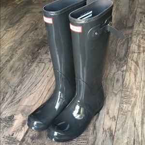 New Hunter tall rain boots size 11